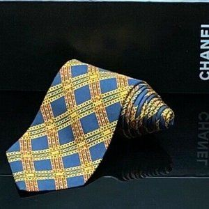 CHANEL Chain NAVY BLUE PLAID TIE WITH BOX Gorgeous